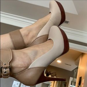 Guess two tone ankle cuff heels